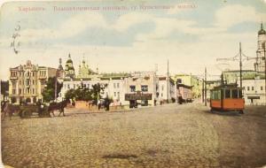 На линии трамвая
